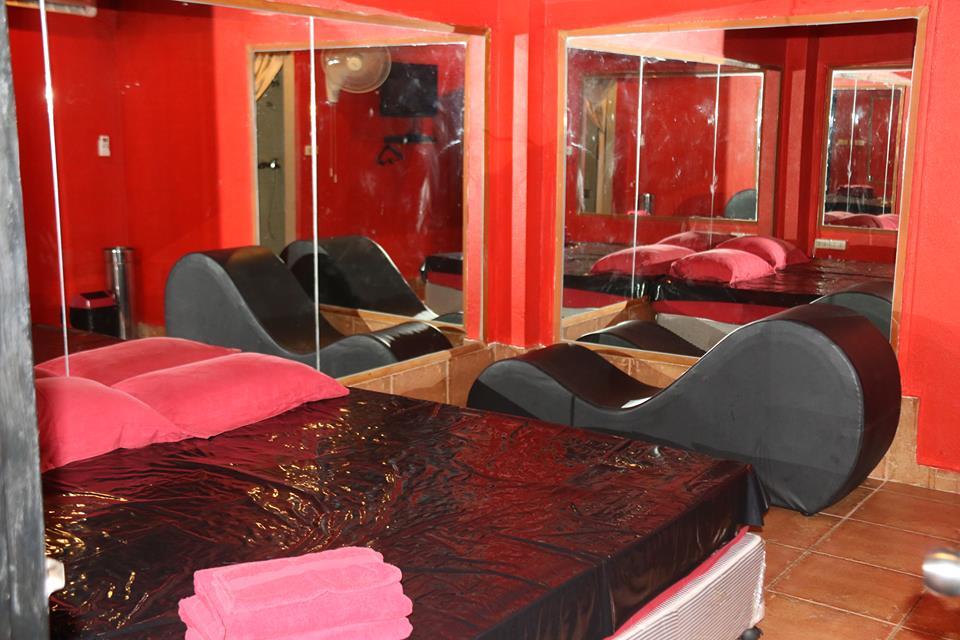 Nuru Massage Room At The Devil's Den