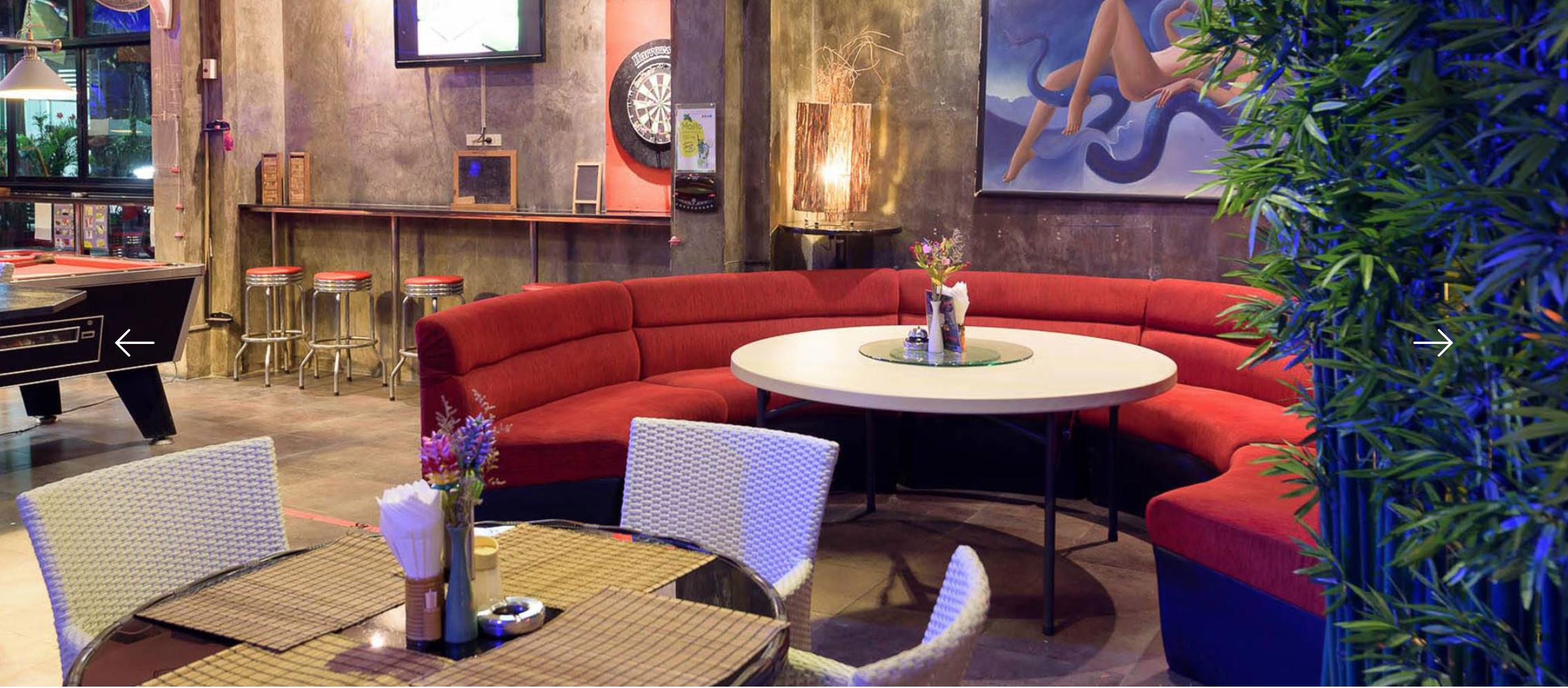 Access Inn Lounge